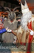 St. Nikolaus gives out treats