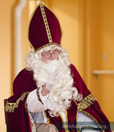 Sinterklaas talking to the children