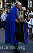 St Nicholas icon in the procession