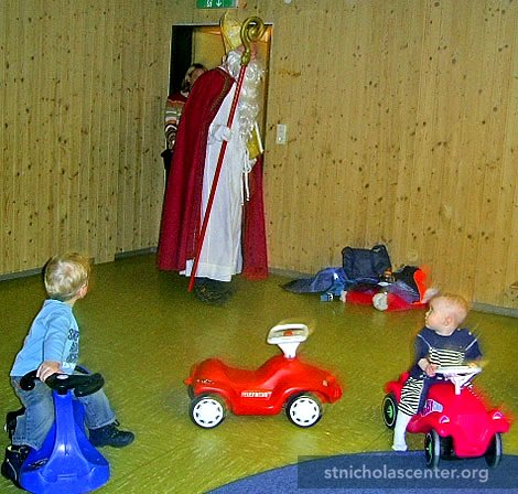 St Nikolaus visits the Parents and Toddler Group