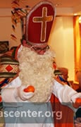 St. Nikolaus visits care facilities