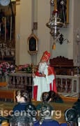 St. Nicholas talks to the children