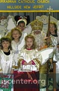 Angel helpers with St. Nicholas