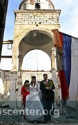 Wedding in the church ruins, October 10, 2004<br />Photo: Goran Sivacki, Reuters