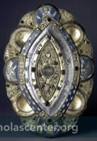 Oval reliquary